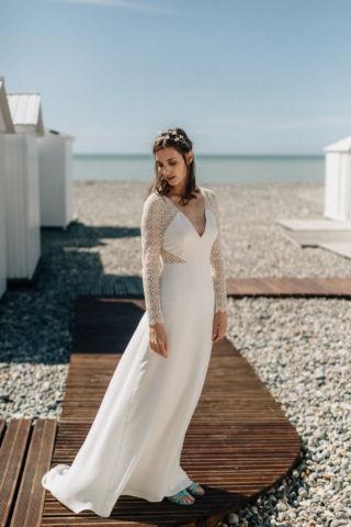 robe de mariee en crepe de soie et dentelle de calais
